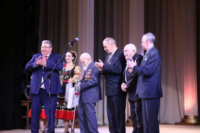 Владимир Волков: «Республиканская светотехническая отрасль должна совершить качественный технологический и инновационный рывок»
