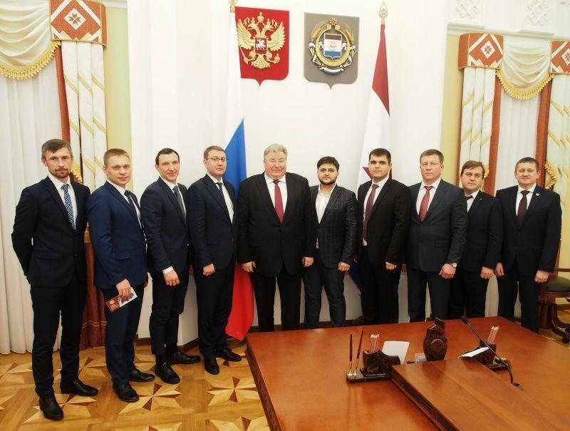 Глава Мордовии Владимир Волков встретился с участниками третьего сезона конкурса «Лидеры России», приглашенными в полуфинал